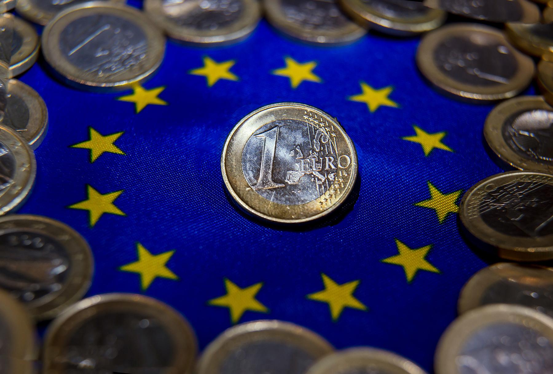 монета 1 евро