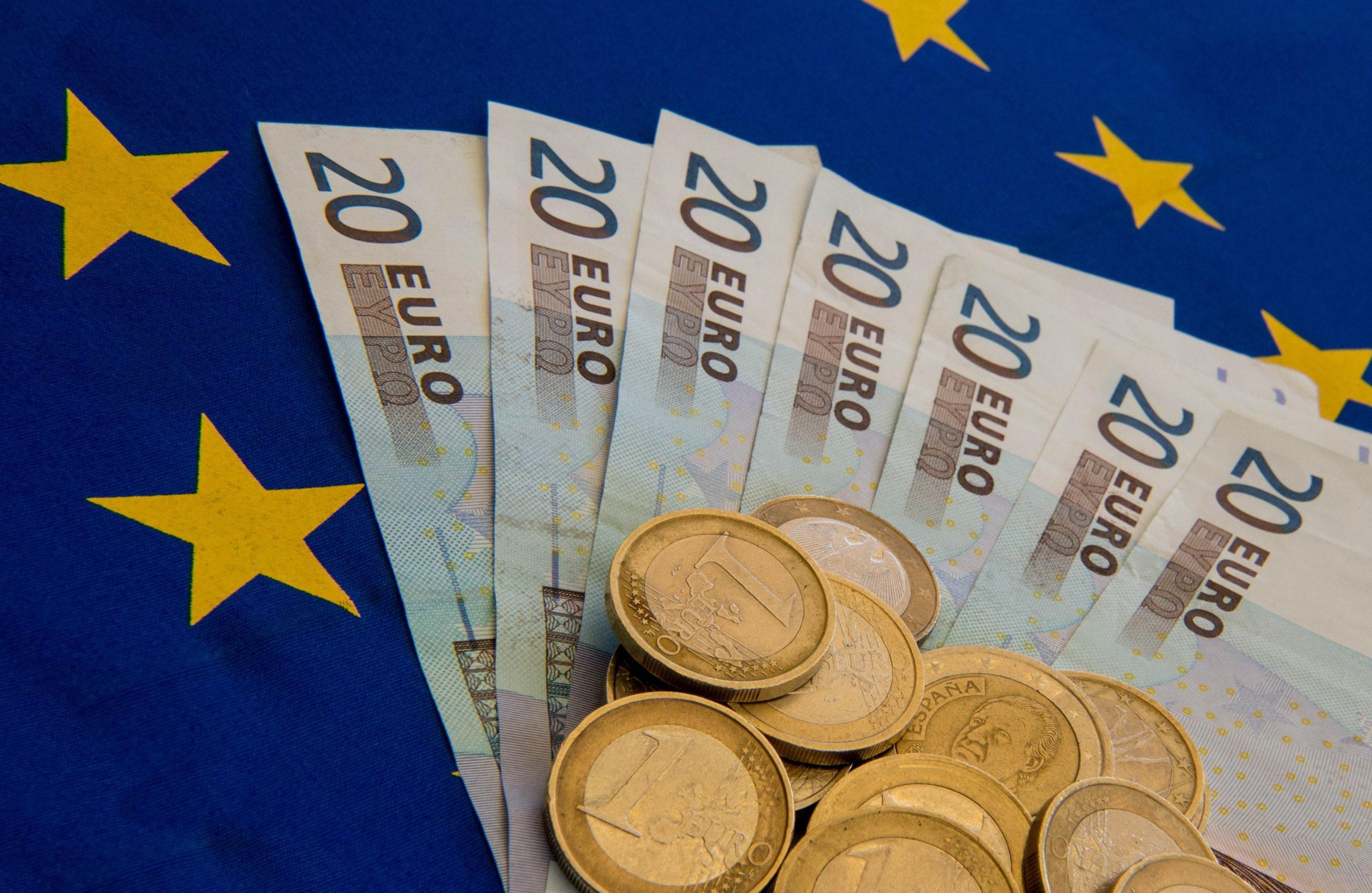 Финансовая система Европейского союза - деньги евро
